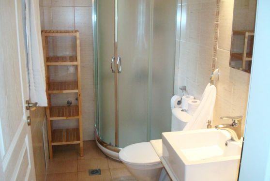 Τα superior διαμερίσματα έχουν εσωτερικό μπάνιο με όλες τις ανέσεις